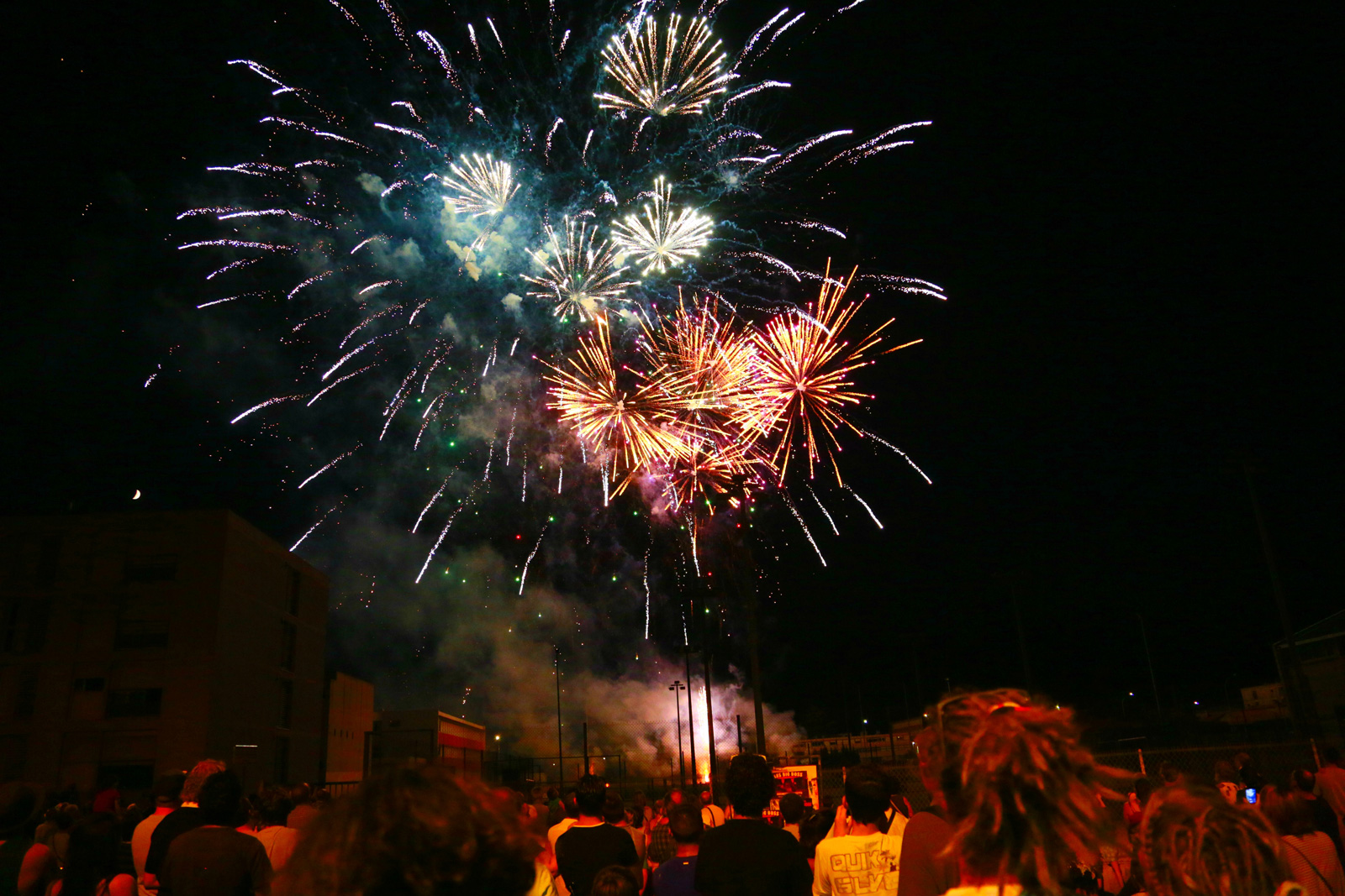 FEU D ARTIFICE Photo cl.masse