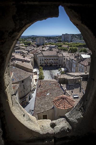Ville de Bagnols sur Ceze vue depuis la tour de lhorloge